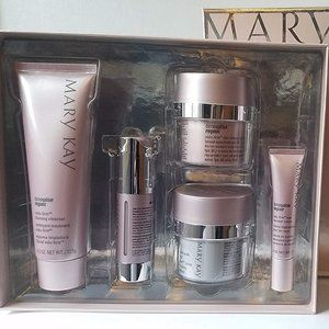Mary Kay TimeWise Repair Volum-Firm Set